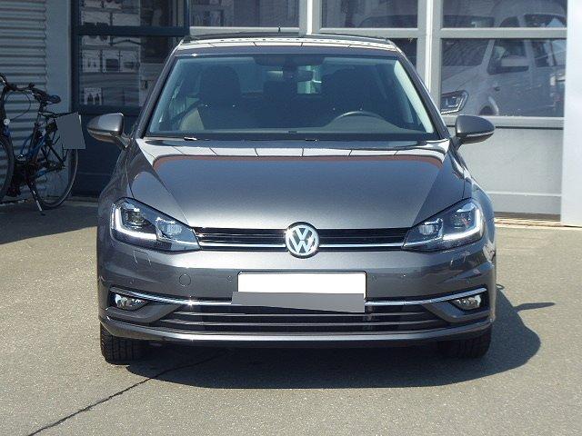 Volkswagen Golf - Highline TDI DSG +17 ZOLL+ACC+LICHT UND SIC