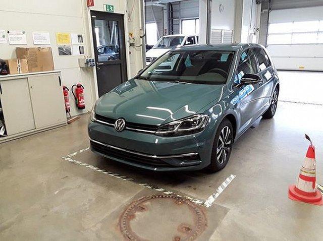 Volkswagen Golf - VII 1.5 TSI DSG IQ.Drive R line ACC LED Stand