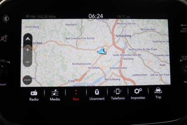 """595 MY20-Competizione 1.4 T-Jet 132 KW (180PS)268 Gara Weiß 402 - Integral-Sportsitze Leder Schwarz (Teilflächen in Lederoptik) """"06P Urban Paket 230 Bi-xenon Scheinwerfer 432 17"""""""" Leichtmetallfelgen Design """"Supersport"""" 12-Speichen Finish Schwarz Matt 4YG Beats® Audio Soundsystem 505 Kopfairbags vorne 5CA 268 Gara Weiß 5HN Kit Estetico Schwarz 626, 6GD Radioantenne im hinteren Seitenfenster 732 Leder schwarz 7QC, 83Y Brembo®"""" Schwarz lackiert 8EW Apple Car Play / Android Auto 9SV Gutschrift Bmc Sportluftfilter Und Tankdeckel Aus Aluminium"""""""
