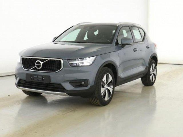 Volvo XC40 - XC 40 D4 AWD Geartronic Momentum Voll-LED BLIS