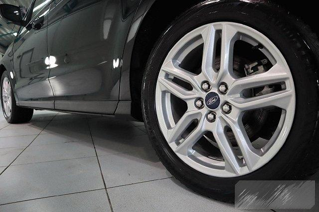 Ford Galaxy - 2,0 ECOBLUE AUTO. TITANIUM 7-SITZER NAVI LED PANO LEDER LM18 AHK