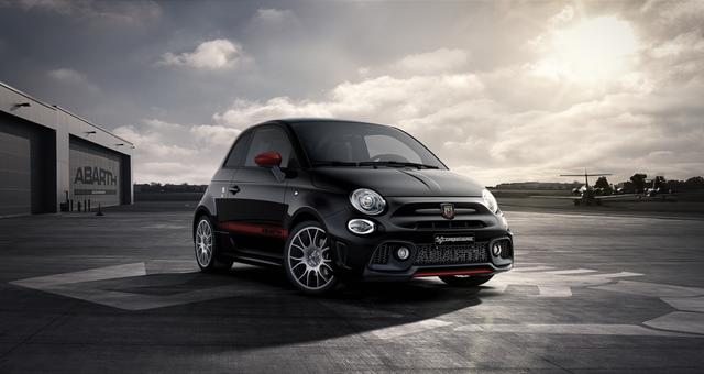 Abarth 595 Competizione - Sie sparen 5.360 Euro, 1,4 T-Jet MJ20, Dualogic, Voll-Leder, Bi-xenon Scheinwerfer, 7 Zoll Uconnect Navigation, DAB, Apple Carplay, 17 Aluräder, Licht - Regensensor, PDC hinten, Klimaautomatik uvm