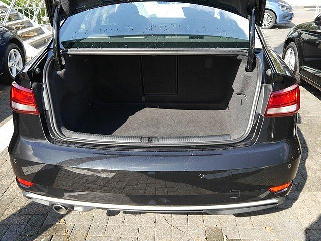 Audi A3 Limousine 30 TDI Sport Navi DAB 17 Zoll