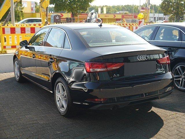 Audi A3 Limousine 30 TDI Navi DAB