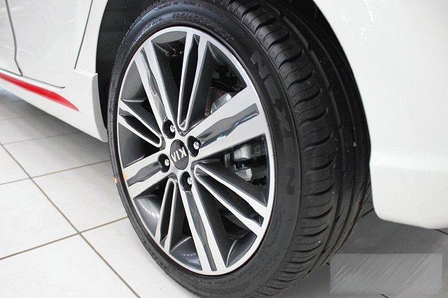 Kia Picanto - 1,2 ISG GT LINE TECHNOLOGIE NAVI ADA