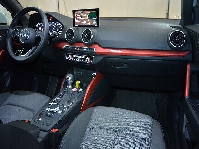 Audi Q2 30 TDI S tronic sport