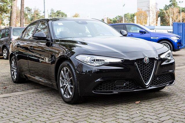 Alfa Romeo Giulia - *SUPER*2.0 TURBO AUTOM/SHZ/KAM/XENON