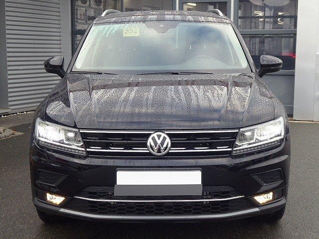 Volkswagen Tiguan - Highline 4Motion TDI DSG +18 ZOLL+AHK+PAR