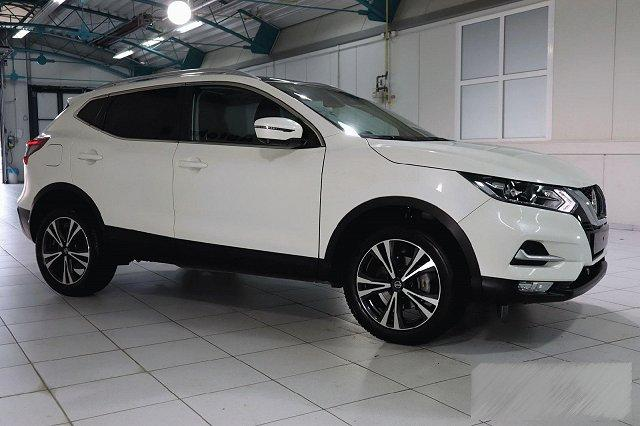 Nissan Qashqai - 1,3 DIG-T N-CONNECTA PANO RELING WINTER LM18