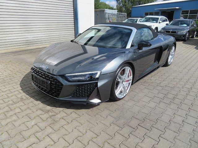 Audi R8 - Spyder 5.2 FSI performance quattro*DAB*