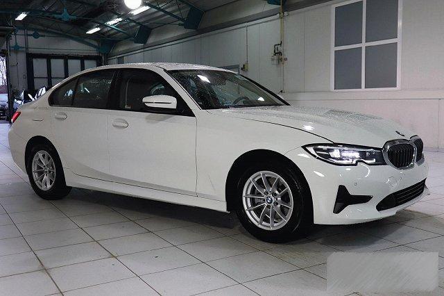BMW 3er - 320D AUTO. ADVANTAGE NAVI-PROF LED HIFI LM