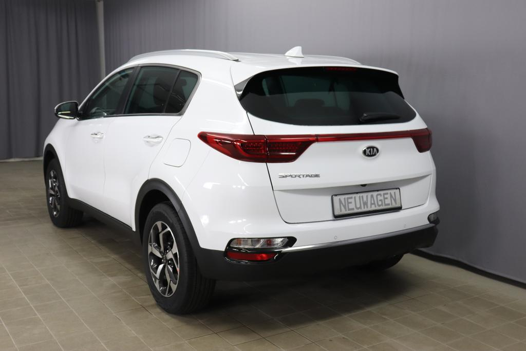 Kia Sportage 1.6 GDI Benzin 97kW 132PS 6-Gang SchaltgetriebeDeluxe WhiteStoff schwarz