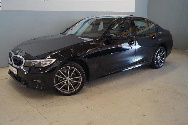 BMW 3er - 320d xDrive Sport Line Aut. PDC Navi Glasdach