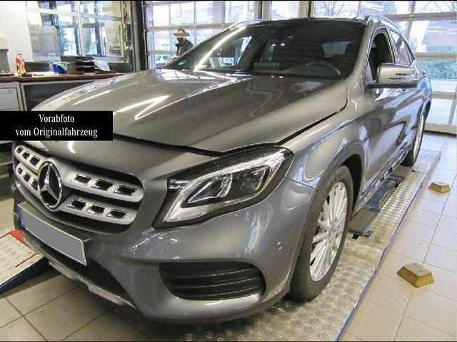 Mercedes-Benz GLA - 250 4M AMG Line Pano LED Navi Kamera Totw.