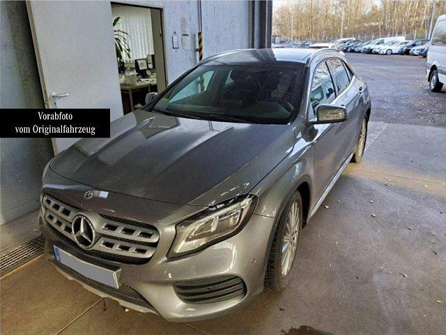 Mercedes-Benz GLA - 250 4M AMG Line LED Pano Navi Kamera Totw. L