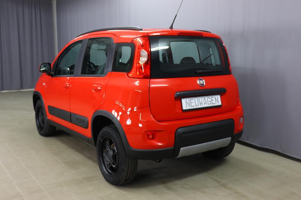 Panda 4x4 0,9 Twin Air Turbo 85 4x4 Wild078 Tango Red