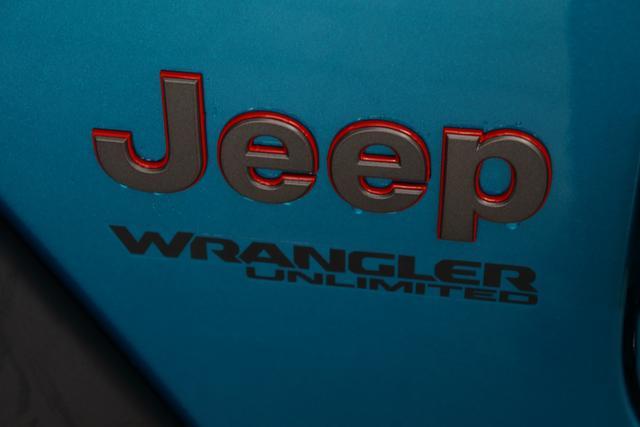 Jeep Wrangler 4xe - Unlimited Sahara Wunschkonfiguration 2.0 Plug-In Hybrid 280KW (380PS)