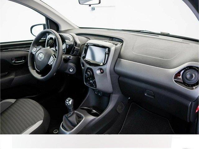 Toyota Aygo - 1.0 Team D 5-Türer Metallic Rückfahrkam. LED-Tagfahrlicht Multif.Lenkrad NR RDC