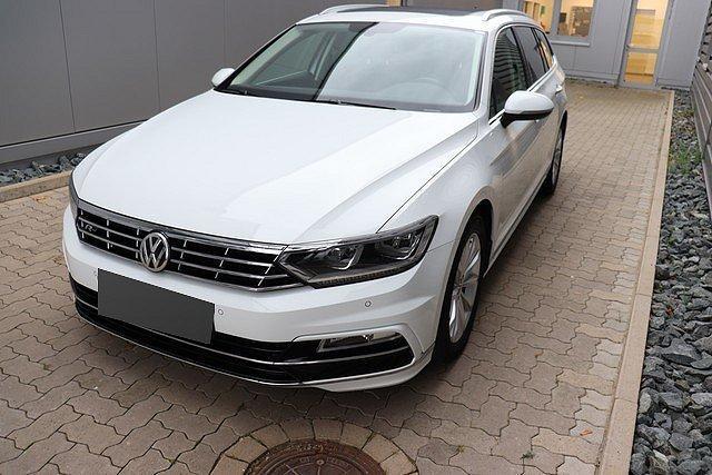 Volkswagen Passat Alltrack - Variant 2.0 TDI Highline R-Line AHK,Pano,LE