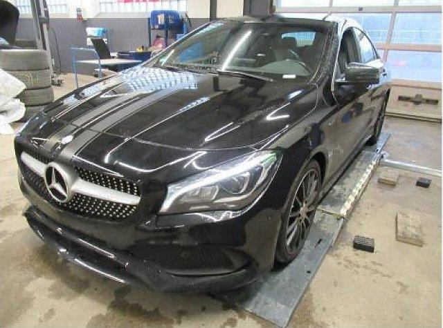 Mercedes-Benz CLA-Klasse - CLA 200 d AMG Line LED Navi Kamera SHZ PTS BT