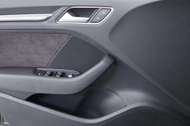 Audi A3 Sportback 2.0 TDI S tronic Design LED Navi Rear