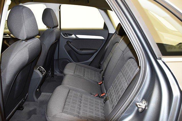 Audi Q3 1.4 TFSI Tiptronic sport Xenon/Navi/Tempo/Sitzh