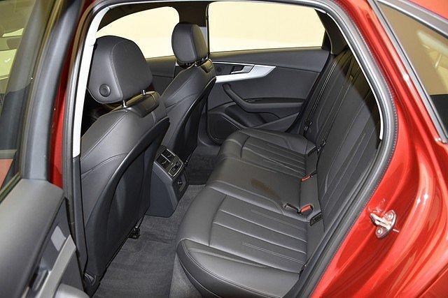 Audi A4 Limousine 2.0 TDI S-tronic Head Up/Navi/SpoFw/SpoSi