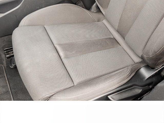 Audi A4 Avant 2.0 TDI S tronic sport NAVI PANORAMA