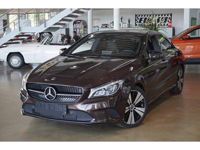 Mercedes-Benz CLA-Klasse - CLA 200 CDI d 4Matic 7G-DCT Urban LED Navi Keyless