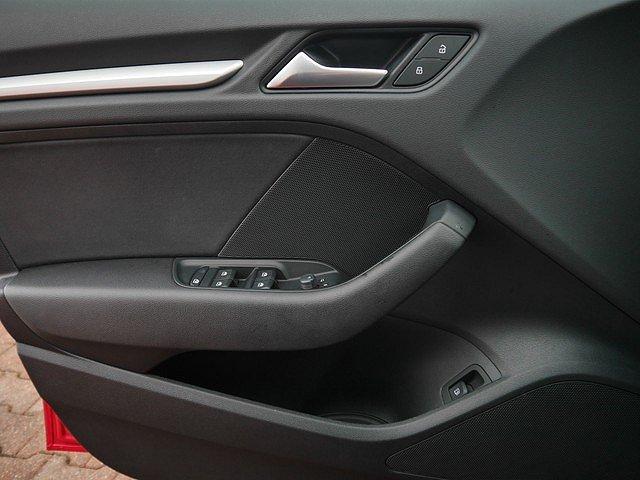 Audi A3 Sportback e-tron 1.4 TFSI S tronic LED Navi Kes