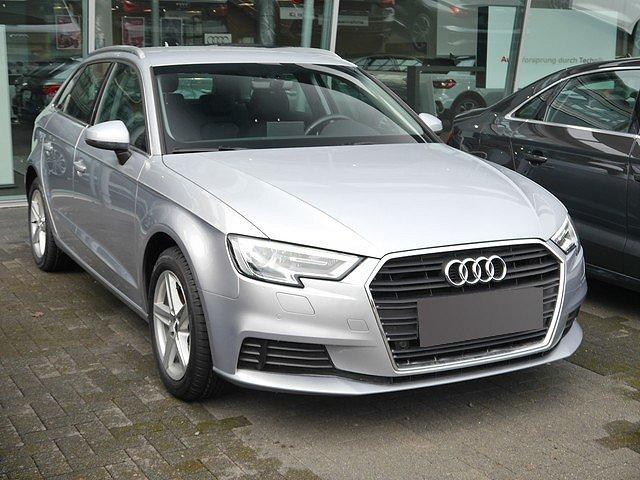 Audi A3 - Sportback 2.0 TDI Xenon Plus Navi Virtual Cockp