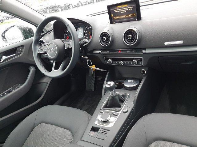 Audi A3 30 TFSI Limousine basis (EURO 6d-TEMP)
