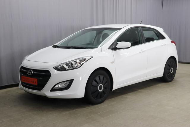 Hyundai i30 - YES 1.4 74kW (101PS), Klimaanlage, Innenspiegel automatisch abblendend, Lederlenkrad mit Multifunktionen, CD-Spieler, PDC hinten, Nebelscheinwerfer, 16 Zoll Stahlfelgen, uvm.