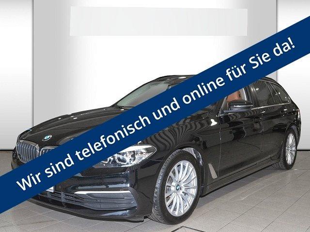 BMW 5er Touring - 530 d Tour. Aut. LED Navi StandHZG ACC Panorama PDCv+h