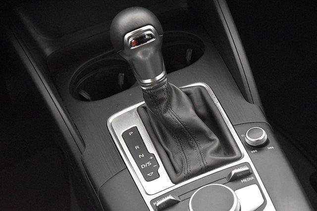 Audi A3 Sportback 1.6 TDI S-tronic sport Xenon/Multilen
