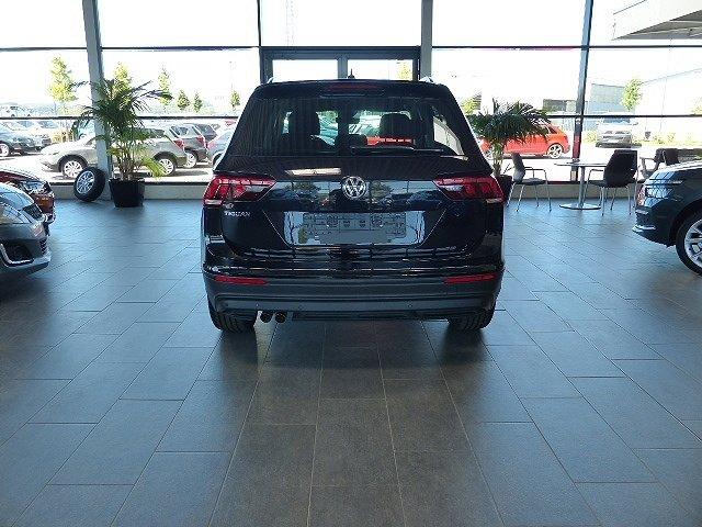 Volkswagen Tiguan - 1.5TSI Easy Open ACC 18'' LED Kamera Navi PDC v+h Sitz.