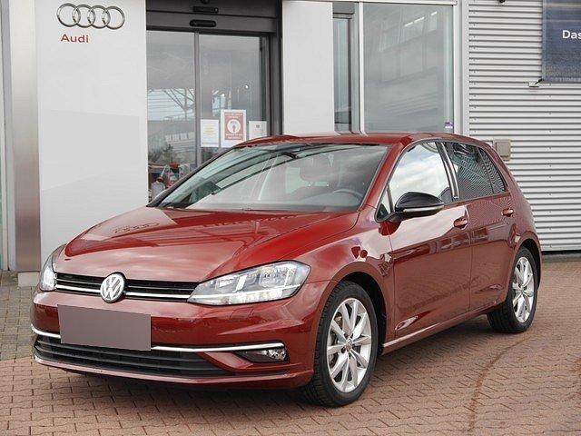 Volkswagen Golf - VII 1.5 TSI DSG IQ.Drive R line ACC Navi Stan