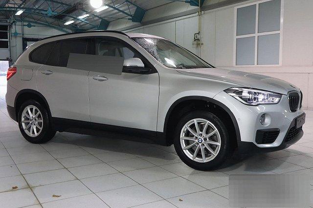 BMW X1 - XDRIVE20D AUTO. ADVANTAGE NAVI LED PANO LM17