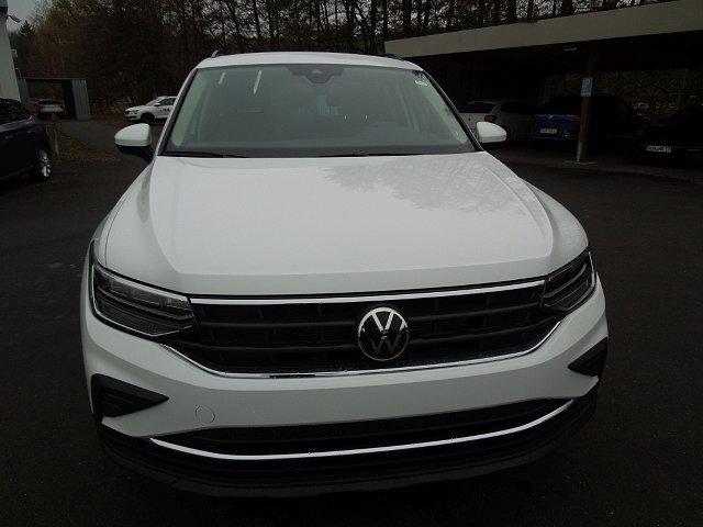 Volkswagen Tiguan - 1.5TSI DSG Life NEU LED Navi Kamera Sofort