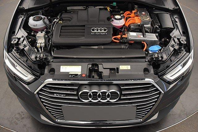 Audi A3 Sportback e-tron 1.4 TFSI S-tronic sport LED/Na