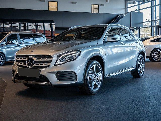 Mercedes-Benz GLA - 180 AMG Line KAMERA NAVI LED 1,99 EFF* EU6