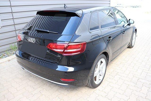 Audi A3 Sportback 2.0 TDI S-tronic sport Navi,Sitzhz,PD