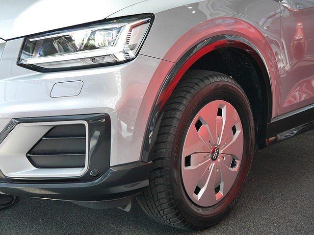 Audi Q2 30 TFSI Design AHK Navi LED DAB