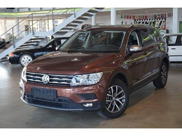 Volkswagen Tiguan Allspace - Comfortline 2.0TDI*7-Sitzer Navi