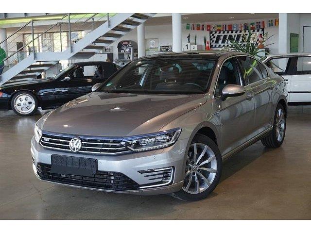 Volkswagen Passat - GTE 1.4TSI Hybrid*R-line LED Dynaudio ACC