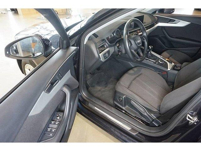 Audi A4 Avant 2.0TDI Navi Bi-Xenon Klimaaut SHZ PDC