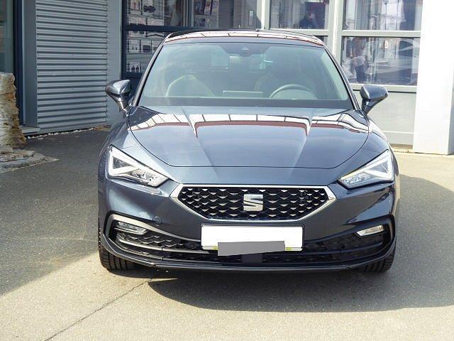 Seat Leon - Xcellence NEUES MODELL TDI DSG +18 ZOLL+ASS