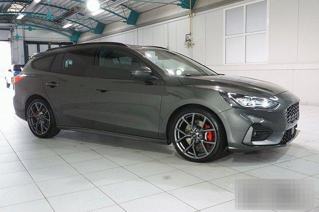 Ford Focus Turnier - 2,3 ECOBOOST AUTO. ST STYLING-PAKET PERFORMANCE NAVI LED LM19
