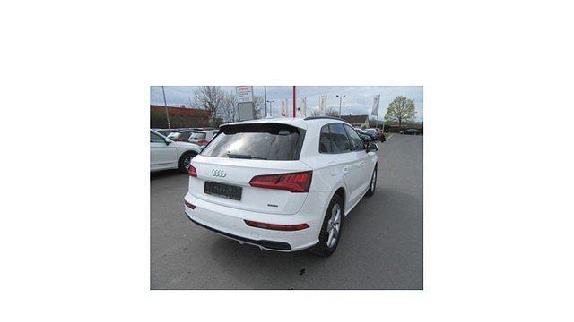 Audi Q5 2.0 TDI quattro S-tronic sport S-line Navi,AHK,