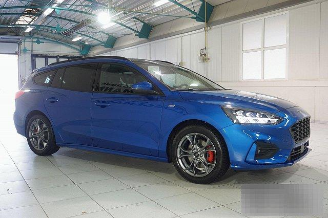 Ford Focus Turnier - 1,5 ECOBOOST AUTO. ST-LINE X NAVI LED PANO LM17